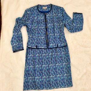 Adrianna Papell 100% Silk Suit
